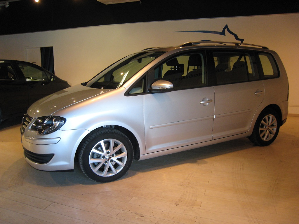Volkswagen Touran phase 2 1.9 tdi 105 cv confortline avec GPS