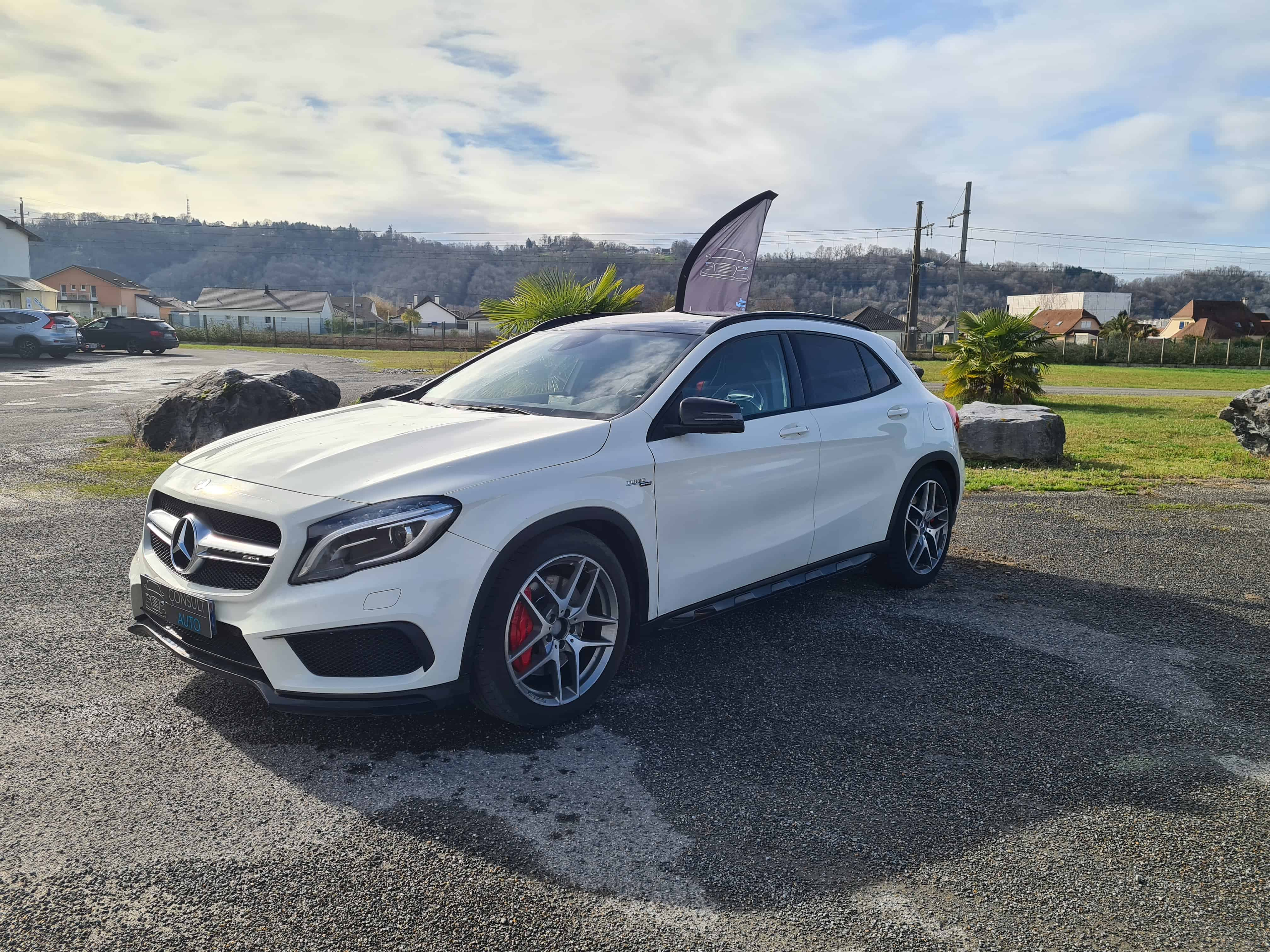 GLA 45 AMG 4Matic PACK PERFORMANCE